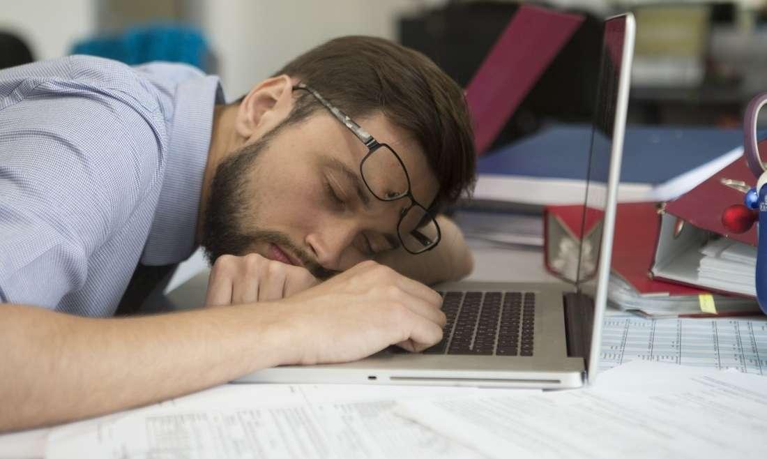 Вреден ли долгий сон: к чему может привести